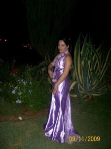 Eu e meu lindo vestido do baile.